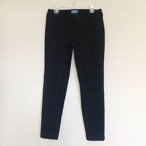 Old Navy • Black Mid-Rise Pixie Pants. Size 10